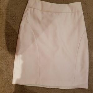 Banana Republic white pencil skirt